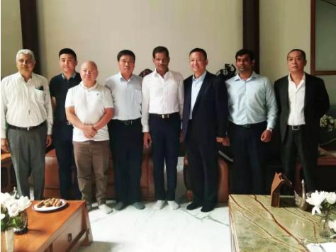 金豪棋牌网站集团董事长吕洪涛应邀赴印度开展商务交流考察